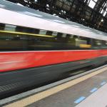 Fenomenologia del treno: la gente che non si sa sedere
