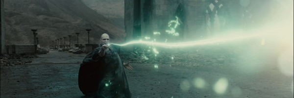 Voldemort-Duel-Harry-Potter-and-the-Deathly-Hallows-Wallpaper